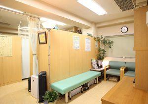 陳鍼灸整骨院 待合室